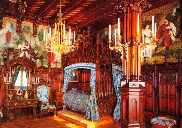 neuschwanstein-castle-inside-view
